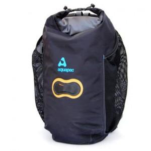 http://www.planbsafety.com/1190-2625-thickbox/aquapac-25l-wet-dry-backpack.jpg